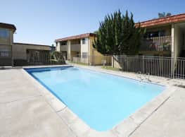 Sund Apartments - Chula Vista