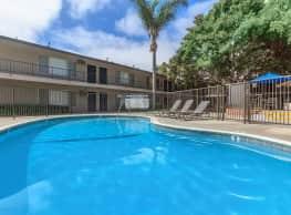 Huntington Highlander Apartment Homes - Huntington Beach