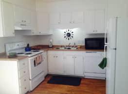 Bella Vista Townhome Apartments - Greensboro