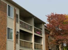 Willow Tree Apartments - Southfield