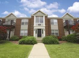 Rolling Hills Apartments - Lyndon