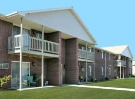 Deerbrook Apartments - Green Bay