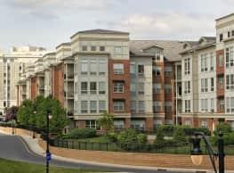 Plaza Square Apartments - New Brunswick