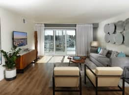Wayfarer Apartments and Marina - Marina Del Rey