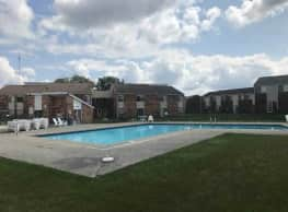 Franklin Manor Apartments - Columbus