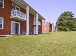 The Columns Apartments - Stafford