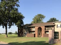 Oak Park Apartments - Muskogee