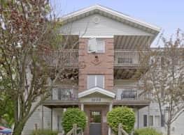 Spruce Pointe Apartments - Altoona