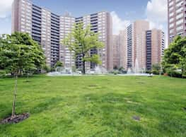 Parker Towers - Forest Hills