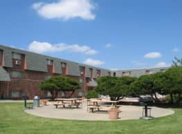 Coachlight Plaza - Amarillo