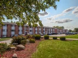 Colonial Village - West Des Moines