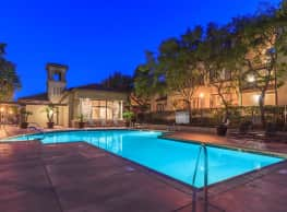 Wood Canyon Villa Apartment Homes - Aliso Viejo