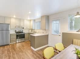 Evergreen Apartment Homes - Auburn