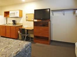 WoodSpring Suites Williston - Williston