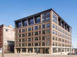 Oaks Union Depot Apartments - Saint Paul