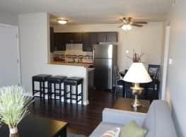 Skyline Apartments - Wichita