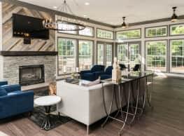 Fairlane Woods Estate Apartments - Dearborn