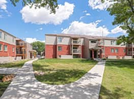 Tall Oaks Apartment Homes - Wichita