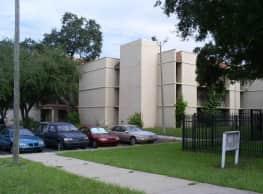 Hacienda Villas - Tampa