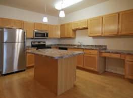 Woodbridge Apartments - Bismarck