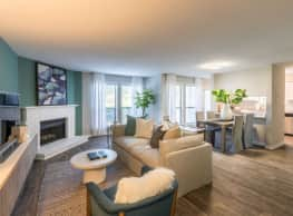 Stonehenge Apartments - Raleigh
