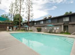 El Rio Apartment Homes - Bakersfield