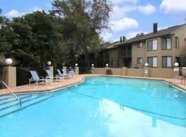 Bluff House Townhomes - Orange Park