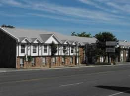 Village Apartments - Cedar City
