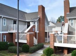 Logan Square Apartments - Auburn