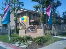 Parc Mountain View - 2 Bedroom Apartment Homes - San Bernardino