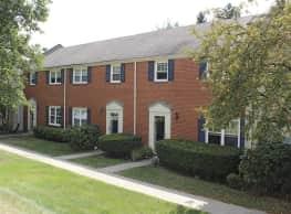 Governor's Ridge Apartments - Pittsburgh
