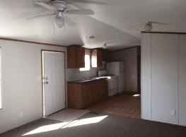 2 bedroom, 2 bath home available - El Paso