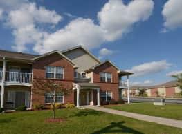 Cross Creek Apartments - Davenport