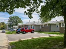 Crescent Valley Apartments - Evansville