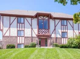 Cambridge at River Oaks - Kansas City