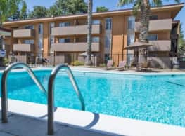 Regalia Crest Apartments - Sacramento