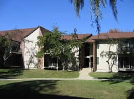 Silver Oaks of Southfield - Southfield