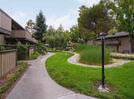 Village Lake Apartments - Mountain View