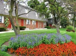 Kingswood Townhouses - Grove City