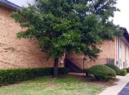 Meadows Apartments - Oklahoma City