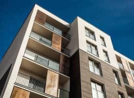Columbus Square Apartments - Montgomery