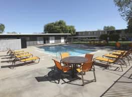 Bella Pointe - Rancho Cordova