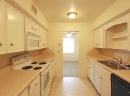 Heritage Apartments - Omaha