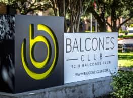 Balcones Club Apartments - Austin
