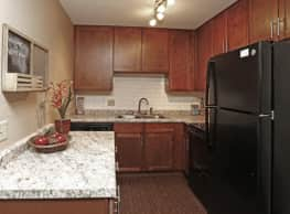 Westwind Apartments - Minneapolis