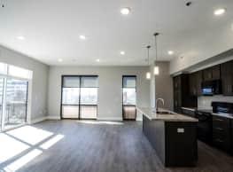 Gateway at Belknap Apartments - Grand Rapids