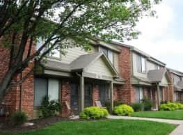 Villa West Apartments - Topeka