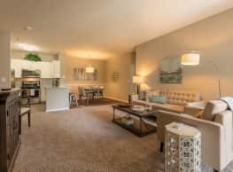 Woodlake Apartments - Gurnee