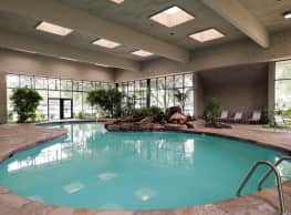 Silver Springs Apartment - Wichita