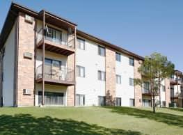 Century East Apartments - Bismarck